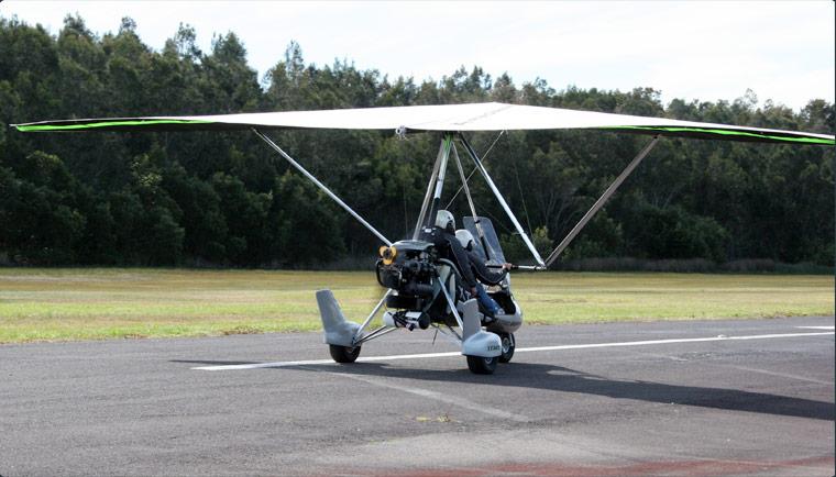 Learn to Fly a Trike - Trike Flying - YouTube